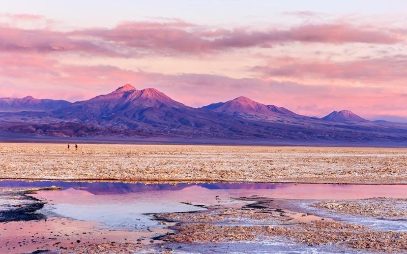 Deserto mais seco e alto do mundo, o Atacama, situado no Chile, reserva  belezas naturais esplêndidas e visuais de tirar o fôlego. 09037d837a